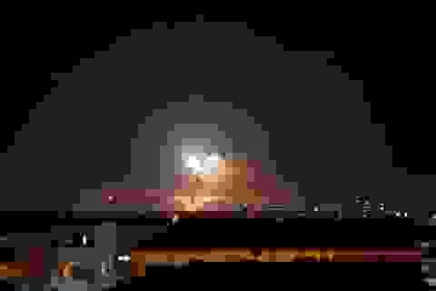 Phòng không Syria ngày thứ 2 liên tiếp bắn hạ tên lửa từ Israel
