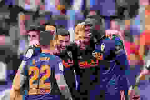 Giành vé dự Champions League, Valencia chờ quyết đấu Barcelona