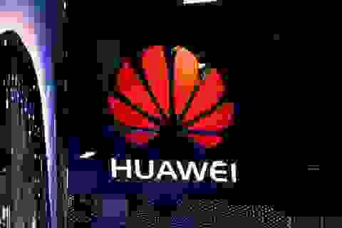 """Google """"thẳng tay"""" phát lệnh hạn chế Huawei sử dụng hệ điều hành Android"""