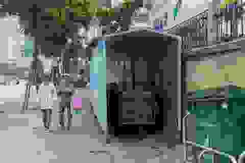 """Hà Nội: Trang bị """"nhà ở di động"""" cho xe đẩy rác trên nhiều tuyến phố"""