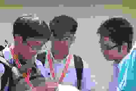 """Tỷ lệ """"chọi"""" vào Phổ thông Năng khiếu vượt trường chuyên Lê Hồng Phong"""