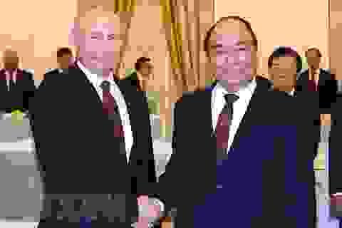 Thủ tướng: Nga là đối tác tin cậy của Việt Nam về quốc phòng, an ninh