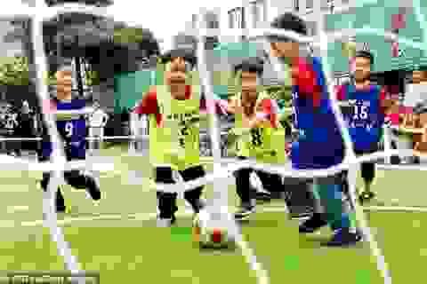 """Trung Quốc dốc sức đào tạo trẻ em để thực hiện """"mộng vàng World Cup""""?"""