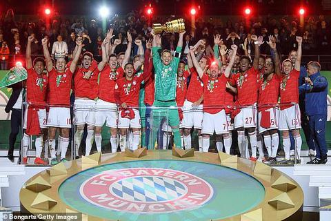 Lewandowski lập cú đúp, Bayern Munich hoàn tất cú đúp giải quốc nội