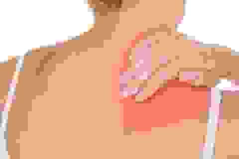Ðau lưng phía sau phổi có phải dấu hiệu ung thư?
