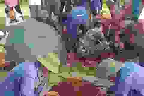 Phát hiện hài cốt liệt sĩ cùng bia đá trong khuôn viên trường THPT