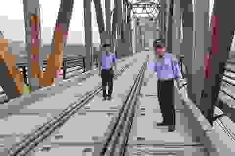 """Cây cầu """"độc nhất vô nhị"""" tại Bắc Giang: Đừng để thảm hoạ đến mới rút kinh nghiệm!"""