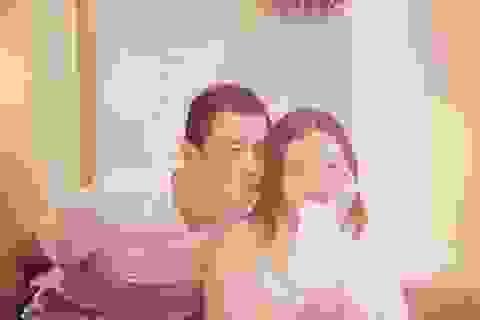 Đang hạnh phúc bên tình mới, Lý Á Bằng vẫn không quên tổ chức sinh nhật cho con gái