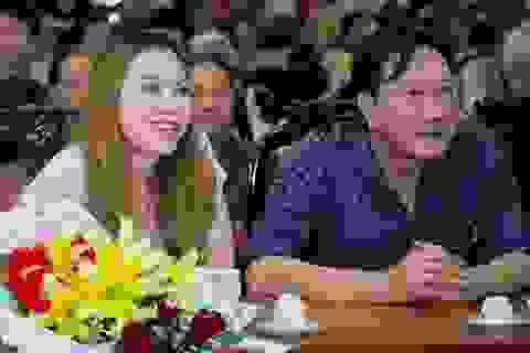 Donald Trump bất ngờ rắn tay, đại gia Việt đau đớn bốc hơi ngàn tỷ