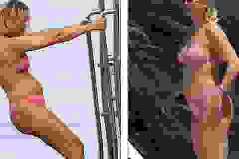 Kate Hudson tự tin diện áo tắm sau khi sinh con thứ 3