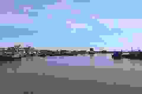 Quảng Ngãi: Cửa biển bồi lấp, ngư dân gặp khó