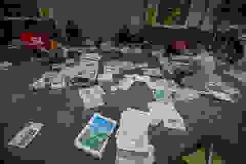 Những người phát hành báo giấy còn sót lại giữa thời đại 4.0
