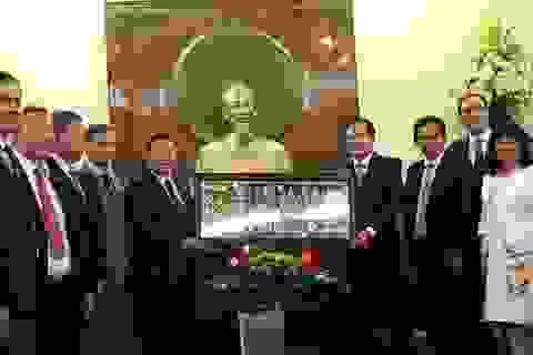 """""""Việt Nam sẵn sàng chia sẻ với Lào kinh nghiệm quý báu trong phát triển nông nghiệp"""""""