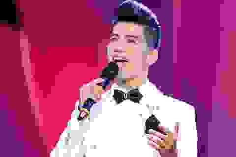 Ca sĩ đất Quảng Bình -Trần Nguyên Thắng khiến khán giả rơi lệ vì ca khúc cộng đồng