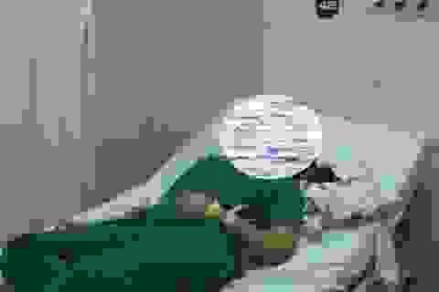 Người nhà bệnh nhân say xỉn, đấm vào mặt nữ bác sĩ