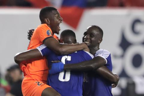 Đội tuyển Việt Nam bị Haiti vượt qua trên bảng xếp hạng FIFA