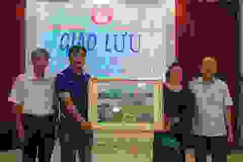 Hội Khuyến học 2 tỉnh Quảng Trị và Bắc Ninh trao đổi công tác khuyến học, khuyến tài