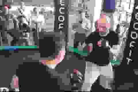 Cao thủ Flores ngợi khen võ sỹ Lưu Cường sau cuộc tỉ thí