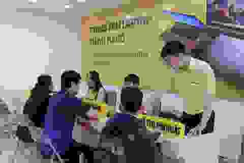 """Cửa hàng mới khai trương này của Thế Giới Di Động là định nghĩa chuẩn xác nhất về """"thế giới laptop"""""""