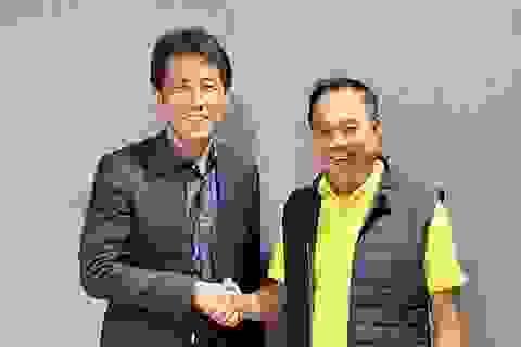 """Báo Hàn Quốc: """"HLV Nishino sẽ có cuộc đấu thú vị với thầy Park"""""""