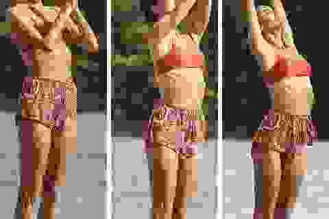 Cựu thiên thần nội y khoe dáng hoàn hảo khi tập yoga trên biển