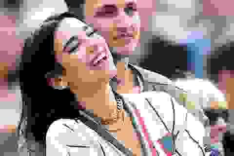 Dua Lipa hẹn hò với em trai Gigi Hadid