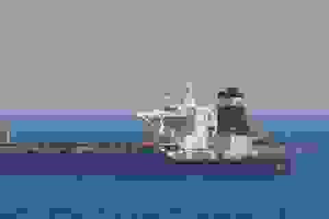 """Iran cảnh báo """"không tha thứ"""" vụ Anh bắt tàu chở dầu"""