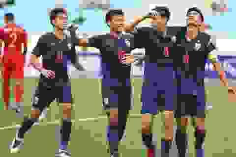 Thái Lan chỉ dùng một tiền đạo để thi đấu với đội tuyển Việt Nam