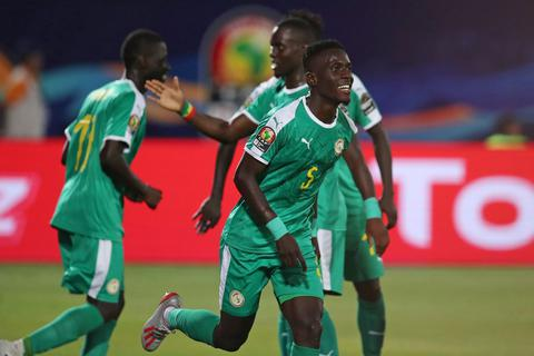 Senegal và Nigeria tiến vào bán kết CAN 2019