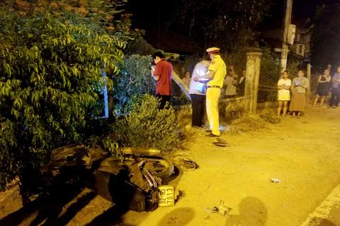 Điều tra cái chết của một người đàn ông trong vườn nhà dân