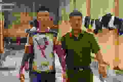 """Nhóm côn đồ chuyên """"bảo kê"""", cưỡng đoạt tài sản của tài xế taxi tại Sầm Sơn sa lưới"""