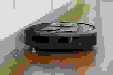 """Sự cố """"cười ra nước mắt"""" khi sử dụng robot lau nhà tự động"""