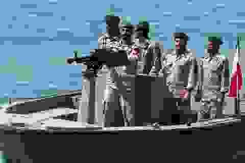 Iran tuyên bố bắt tàu dầu nước ngoài đi qua vịnh Ba Tư