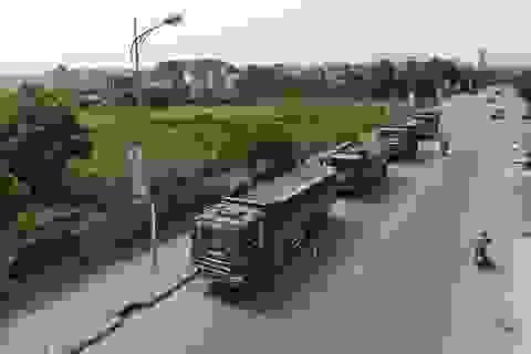 Hàng loạt xe quá khổ, quá tải bị xử lý trên đường mòn Hồ Chí Minh