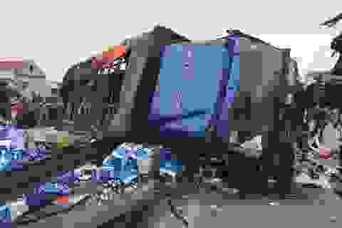 Hai tiếng, 3 vụ tai nạn, 7 người tử vong