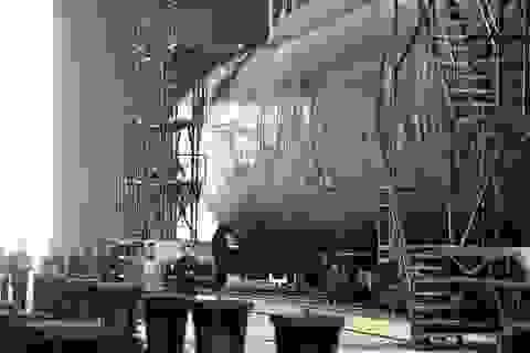 """Chuyên gia """"giải mã"""" hình ảnh tàu ngầm mới hé lộ của Triều Tiên"""
