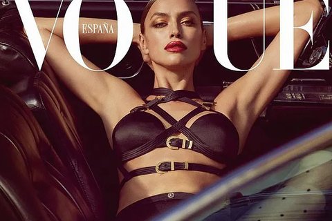 Hậu chia tay tài tử Hollywood, người mẫu Nga quyến rũ rực lửa trên tạp chí