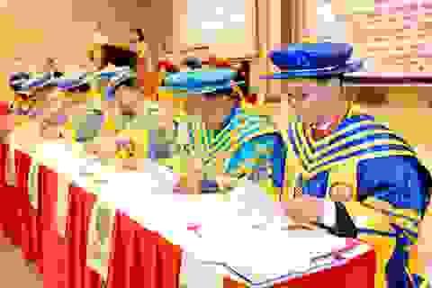 Hàng trăm lãnh đạo cấp cao quốc tế quy tụ tại hội thảo do Royal Institution phối hợp cùng Brian Tracy Training Vietnam tổ chức