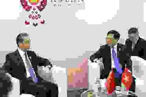 Phó Thủ tướng khẳng định lập trường Biển Đông của Việt Nam với Ngoại trưởng Trung Quốc