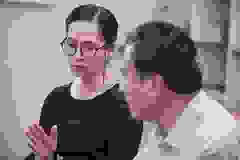 NSND Lan Hương tái xuất với vai trưởng phòng cay nghiệt trong phim mới