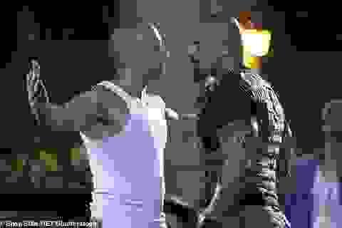 Khi các người hùng cơ bắp so kè nhau từng cú đấm trên màn ảnh