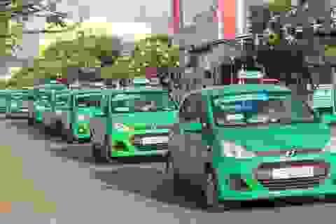 Taxi truyền thống muốn chuyển đổi thành xe hợp đồng điện tử