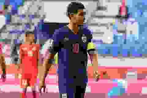 Teerasil Dangda trở lại đội tuyển Thái Lan, sẵn sàng cho trận đấu với UAE