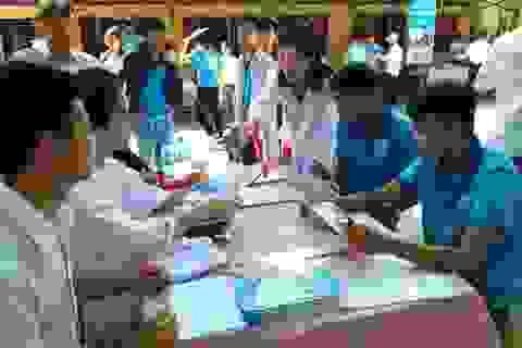 Tư vấn hướng nghiệp tới 375.000 học sinh các trường THPT, THCS