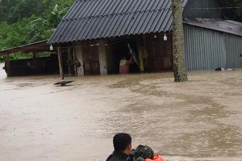 """Vì sao Phú Quốc hứng chịu mưa lũ """"khốc liệt"""" nhất trong vòng 41 năm qua?"""