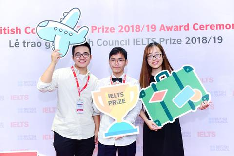 Cơ hội nhận học bổng 1,2 tỷ đồng với kỳ thi IELTS dành cho các bạn trẻ Việt