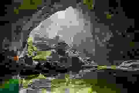 Khám phá hang Sơn Đoòng lọt top các cuộc phiêu lưu vĩ đại thế giới