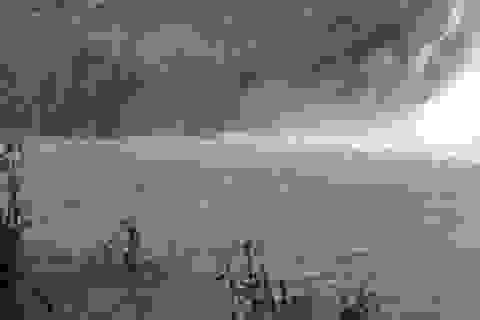 Nhóm bạn đi tắm thác, 3 thanh niên bị nước cuốn mất tích