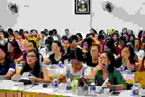 Bộ GD&ĐT: Giáo viên bạo hành trẻ do chịu áp lực lớn