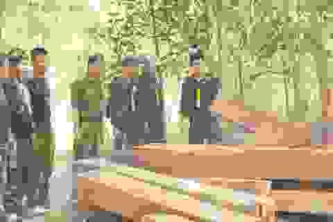 Mật phục 5 tháng, công an mới bắt quả tang được nhóm lâm tặc